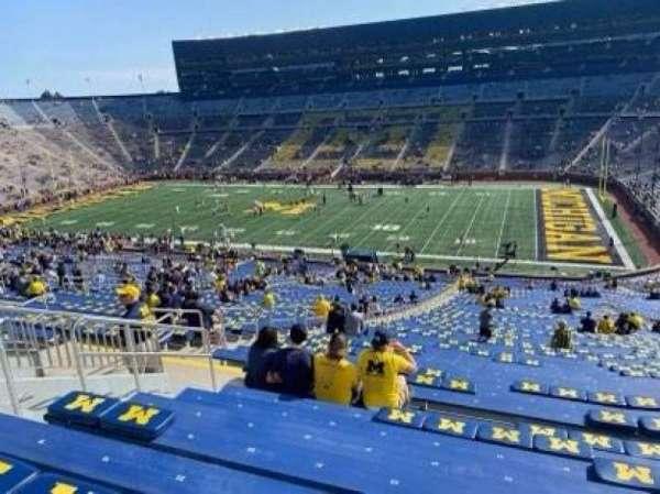Michigan Stadium, secção: 20, fila: 81, lugar: 24/25