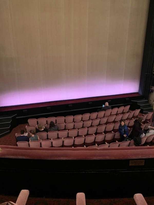 Noël Coward Theatre, secção: Royal Circle, fila: B, lugar: 17