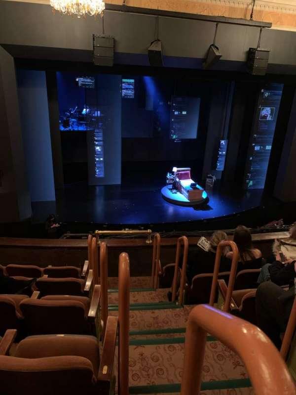 Music Box Theatre, secção: Mezzanine L, fila: F, lugar: 1
