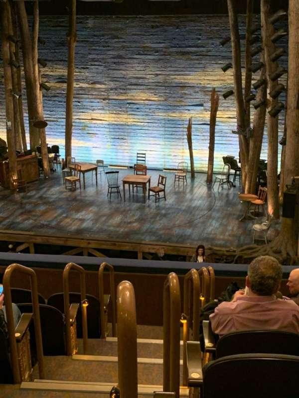 Gerald Schoenfeld Theatre, secção: Mezzanine R, fila: G, lugar: 2-4