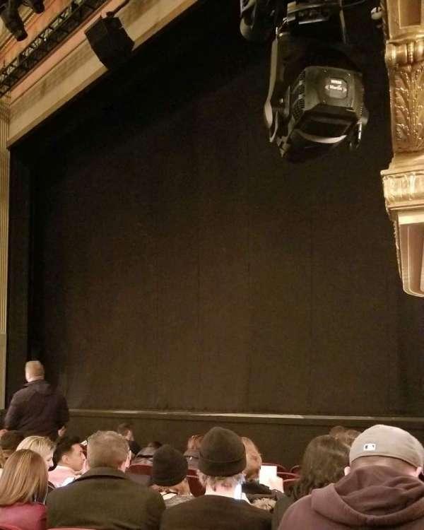Neil Simon Theatre, secção: Orchestra R, fila: H, lugar: 22