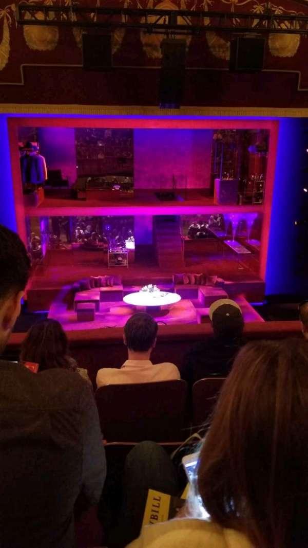 Booth Theatre, secção: Mezzanine C, fila: D, lugar: 104