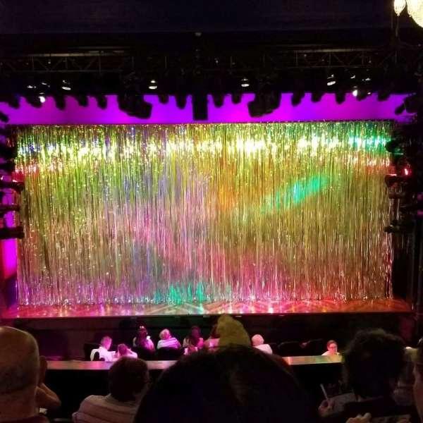 Hayes Theater, secção: Mezzanine C, fila: F, lugar: 106