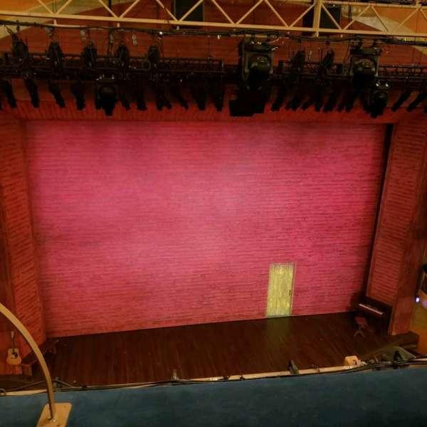 Shubert Theatre, secção: Balcony, fila: B, lugar: 114
