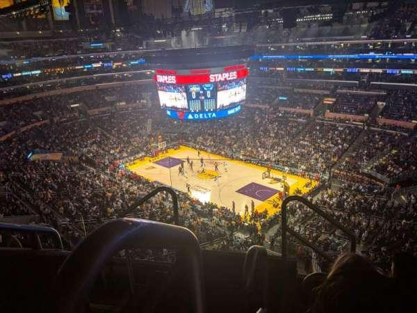 Staples Center, secção: 331, fila: 5, lugar: 22