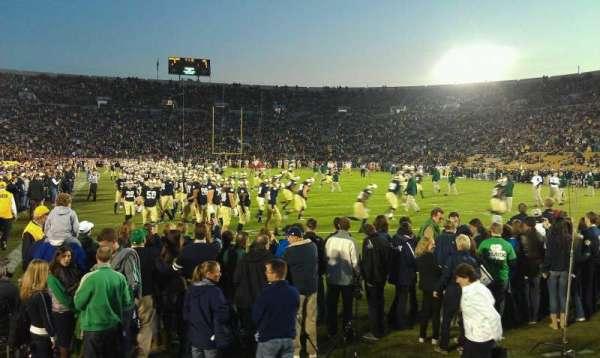 Notre Dame Stadium, secção: 2, fila: 4, lugar: 17
