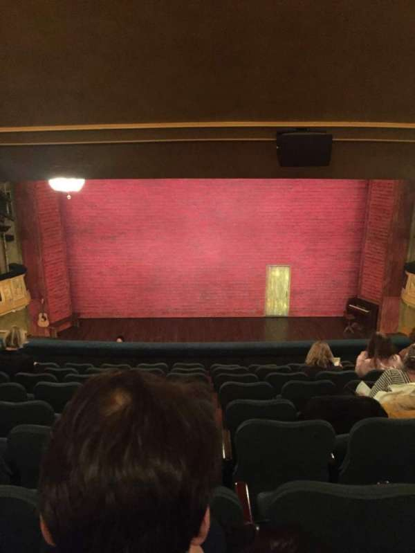 Shubert Theatre, secção: Mezz C, fila: J, lugar: 108, 109