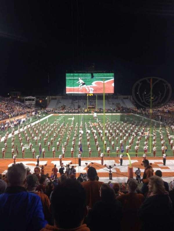 Texas Memorial Stadium, secção: 16, fila: 28, lugar: 33