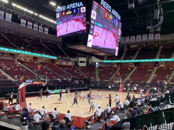 Reed Arena, secção: 125, fila: A, lugar: 5