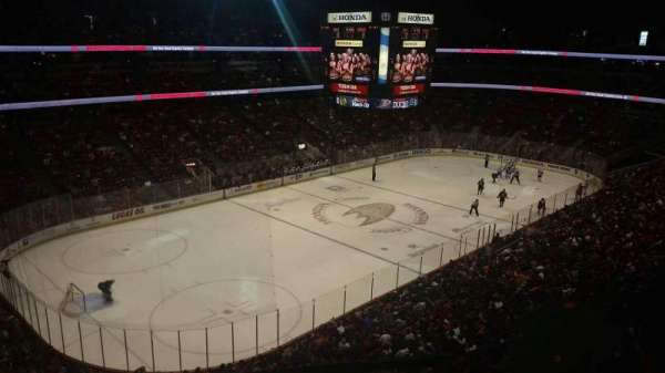 Honda Center, secção: 439, fila: c, lugar: 4-7