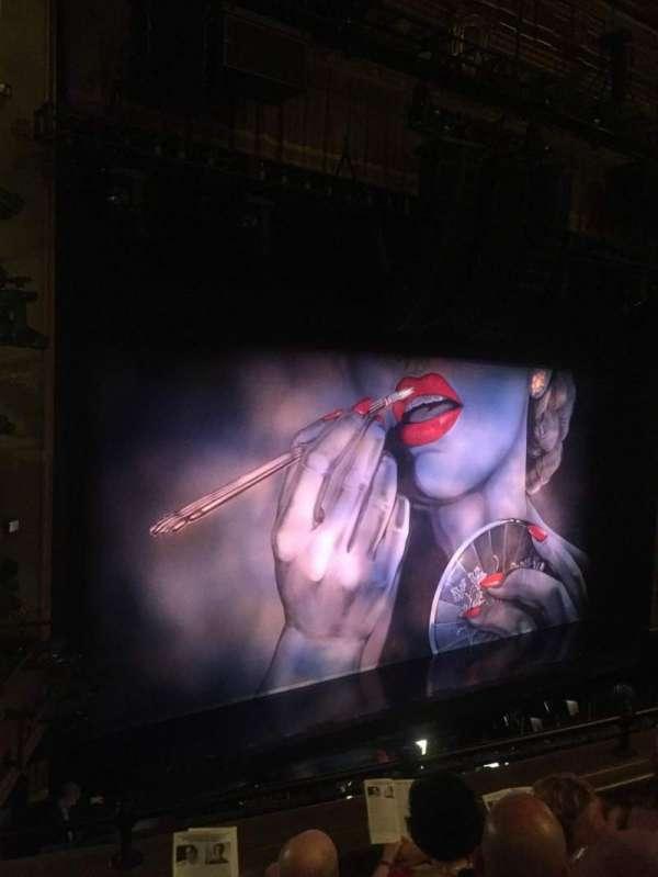Nederlander Theatre, secção: Mezzanine L, fila: D, lugar: 19