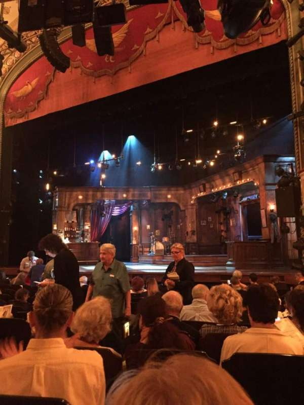 Bernard B. Jacobs Theatre, secção: Orch, fila: L, lugar: 10