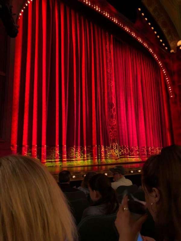Shubert Theatre, secção: Orchestra L, fila: F, lugar: 13