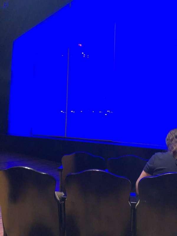 Studio 54, secção: Orchestra R, fila: C, lugar: 6