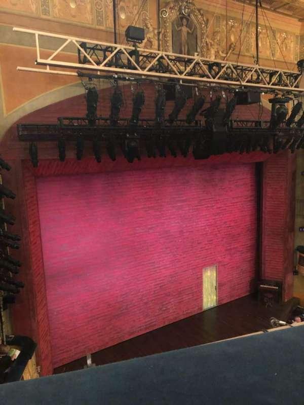 Shubert Theatre, secção: Balcony L, fila: A, lugar: 15