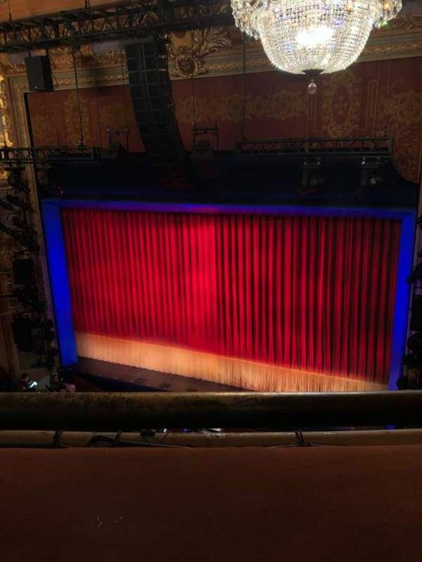 Longacre Theatre, secção: Balcony R, fila: A, lugar: 3
