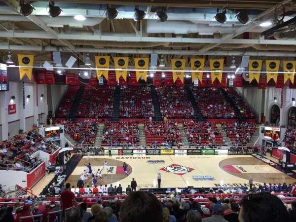 John M. Belk Arena, secção: 108, fila: X, lugar: 15