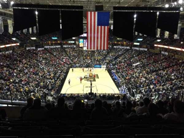 Lawrence Joel Veterans Memorial Coliseum, secção: 221, fila: N, lugar: 9