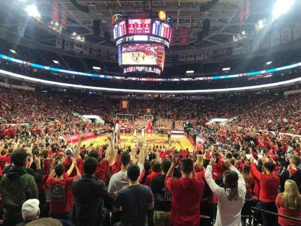 PNC Arena, secção: 126, fila: J, lugar: 4