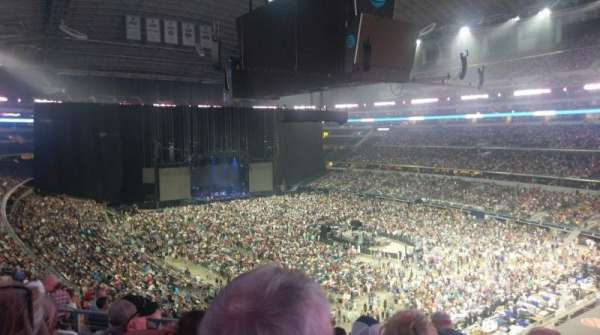 AT&T Stadium, secção: 328, fila: 14, lugar: 23