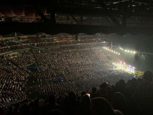 Wells Fargo Arena, secção: 306, fila: Q, lugar: 5