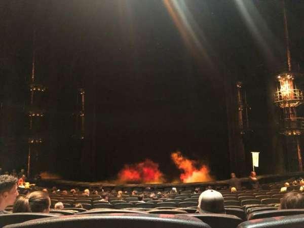 KÀ Theatre - MGM Grand, secção: 102, fila: P, lugar: 18