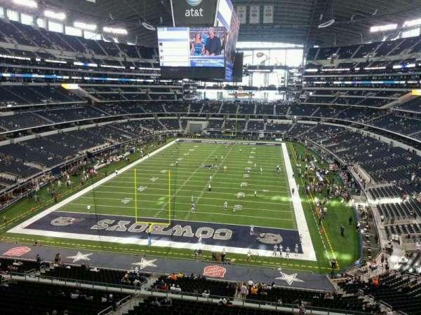 AT&T Stadium, secção: 322, fila: 2, lugar: 7