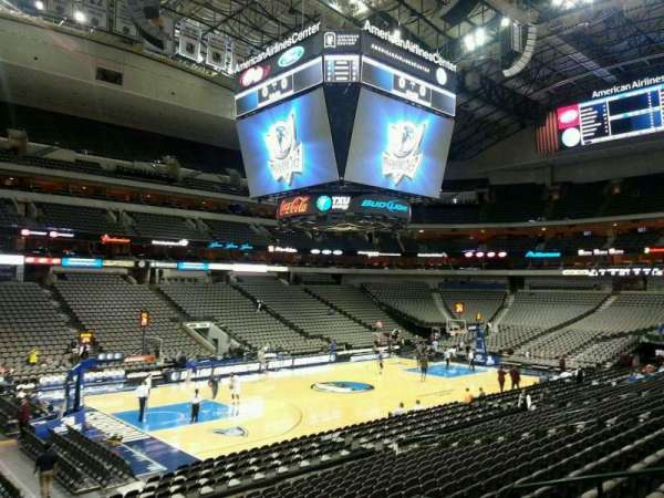 American Airlines Center, secção: 109, fila: S, lugar: 9