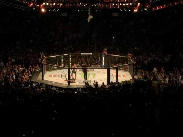 T-Mobile Arena, secção: 10, fila: Z, lugar: 27