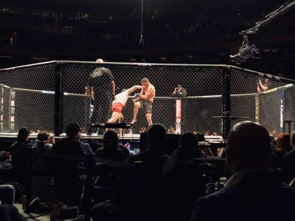 Madison Square Garden, secção: 12, fila: 1, lugar: 8