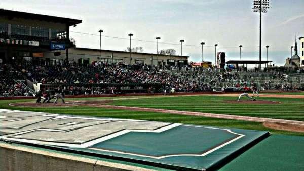 Parkview Field, secção: 103, fila: H, lugar: 12