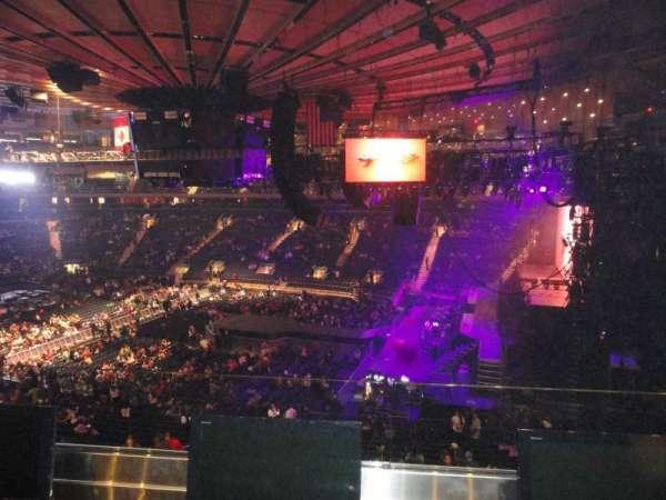 Madison Square Garden, secção: 213, fila: 2, lugar: 13