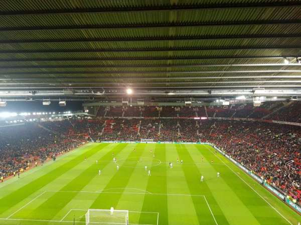 Old Trafford, secção: E334, fila: 14, lugar: 69