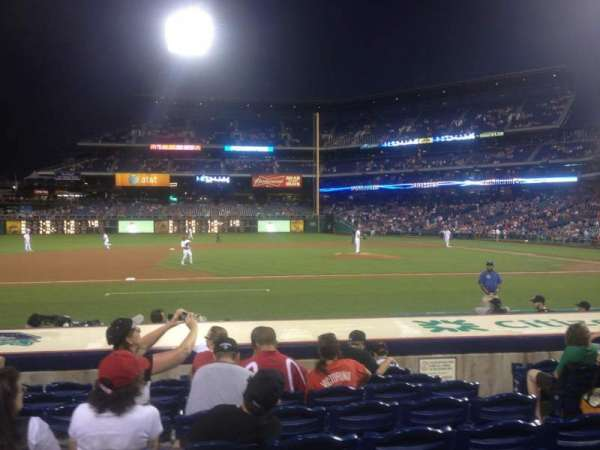 Citizens Bank Park, secção: 131, fila: 9, lugar: 6