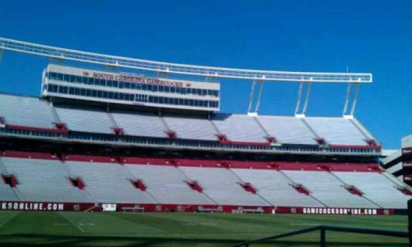 Williams-Brice Stadium, secção: 20