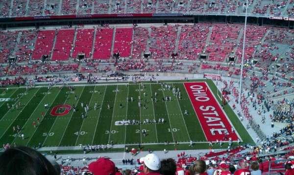 Ohio Stadium, secção: 18c, fila: 41, lugar: 32