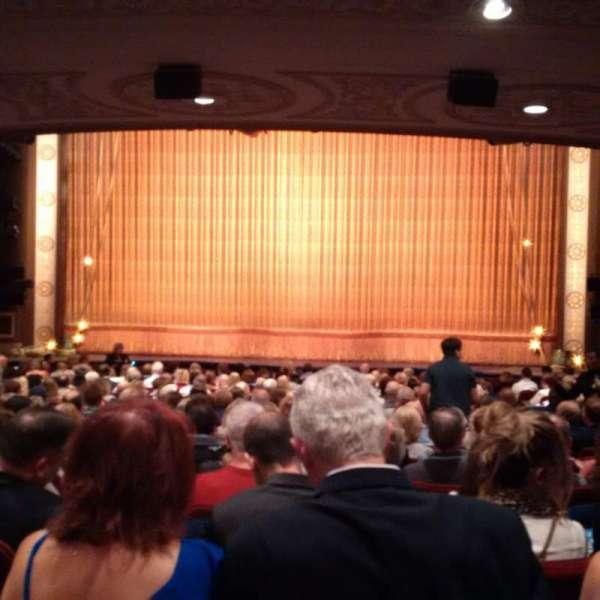 Imperial Theatre, secção: Orchestra C, fila: S, lugar: 109