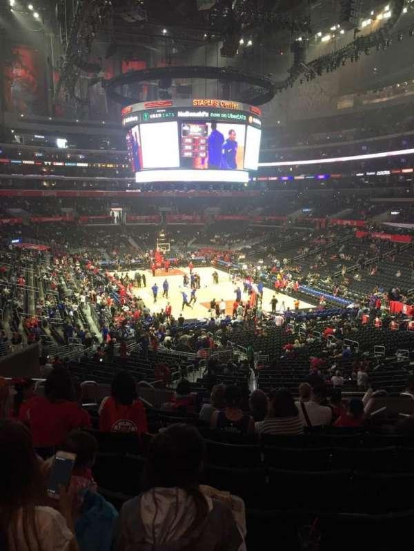 Staples Center, secção: 219, fila: 10, lugar: 11