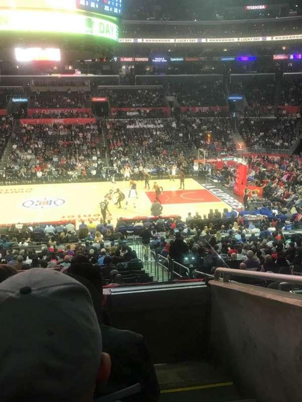 Staples Center, secção: PR5, fila: 4, lugar: 1