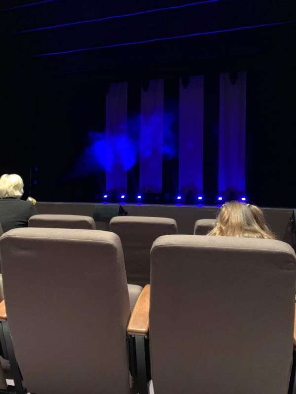 Theatre Severn, secção: Stalls, fila: C, lugar: 5