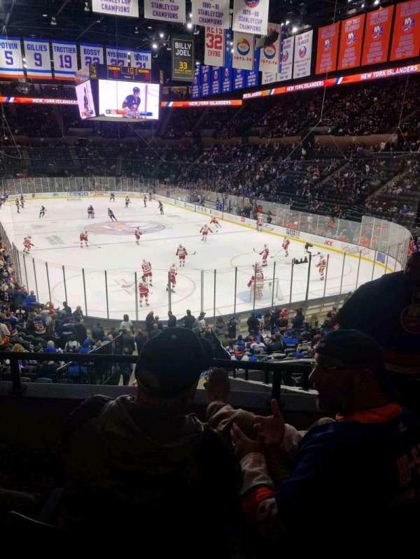 Nassau Veterans Memorial Coliseum, secção: 126, fila: 10, lugar: 1