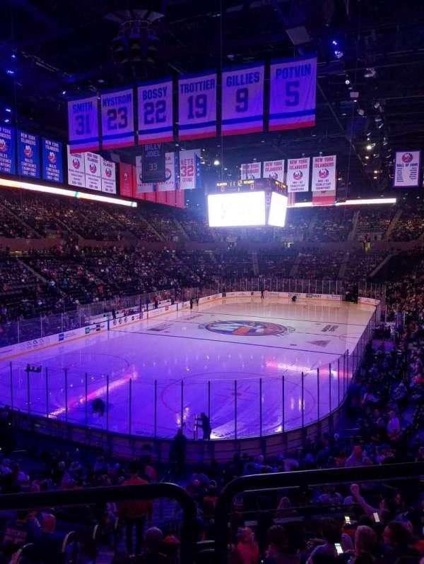 Nassau Veterans Memorial Coliseum, secção: 108, fila: 10, lugar: 1