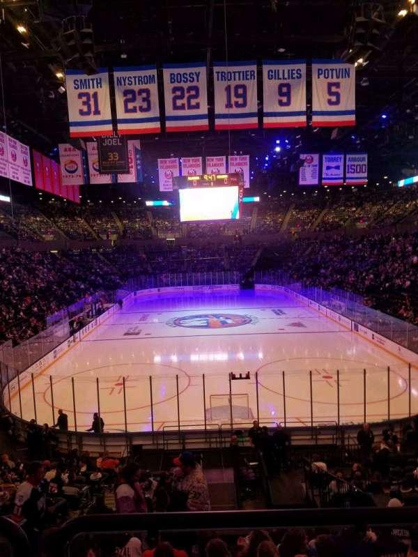 Nassau Veterans Memorial Coliseum, secção: 110, fila: 8, lugar: 1