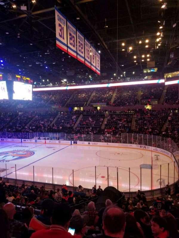 Nassau Veterans Memorial Coliseum, secção: 114, fila: 10, lugar: 1