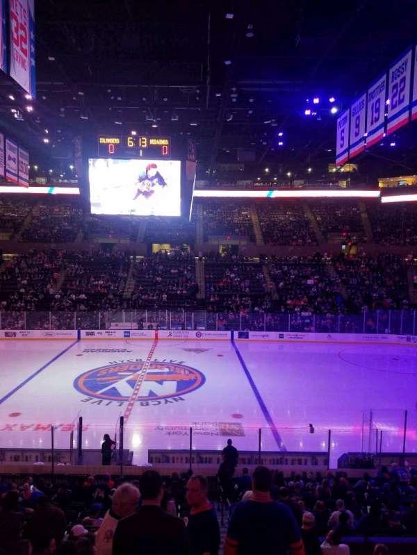 Nassau Veterans Memorial Coliseum, secção: 116, fila: 10, lugar: 1