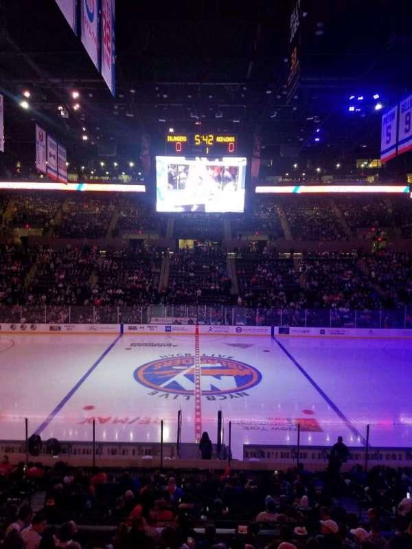 Nassau Veterans Memorial Coliseum, secção: 117, fila: 8, lugar: 8