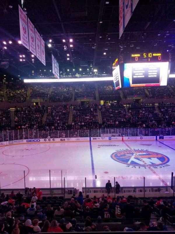 Nassau Veterans Memorial Coliseum, secção: 118, fila: 10, lugar: 5