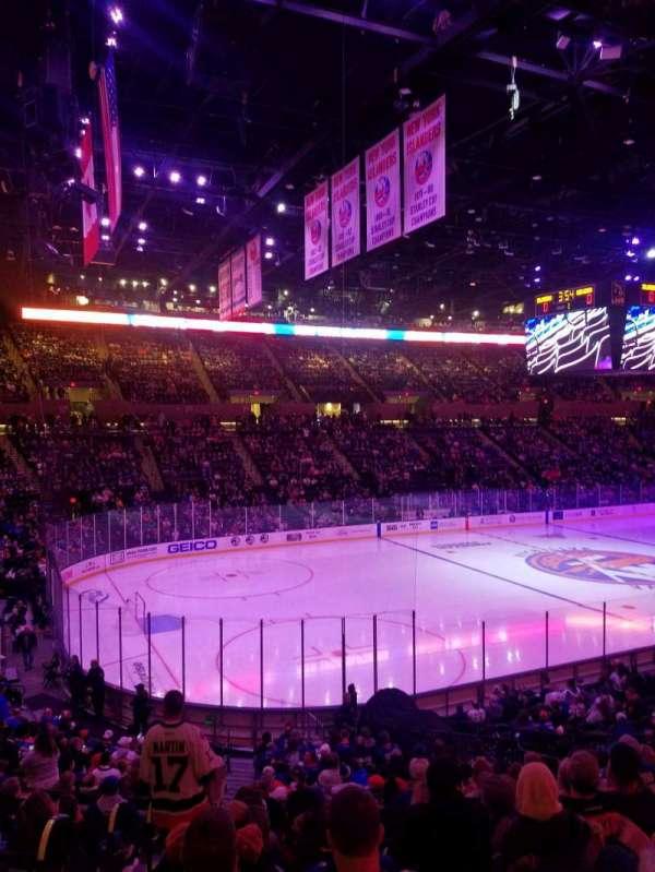 Nassau Veterans Memorial Coliseum, secção: 120, fila: 10, lugar: 5