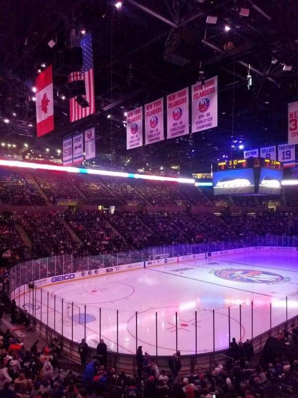 Nassau Veterans Memorial Coliseum, secção: 121, fila: 10, lugar: 5