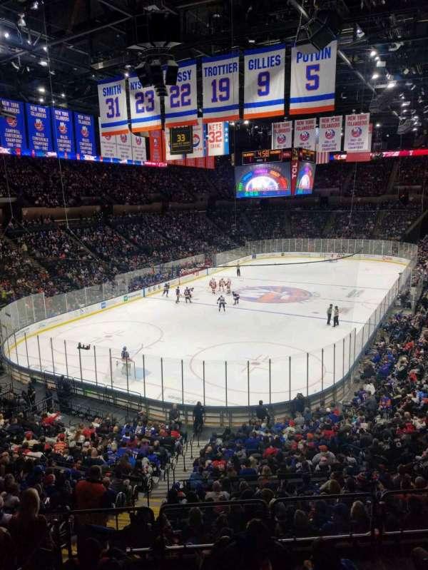 Nassau Veterans Memorial Coliseum, secção: 210, fila: 1, lugar: 10